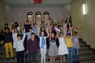 """Начално училище """"Отец Паисий""""  изпрати Випуск 2019 - Изображение 4"""